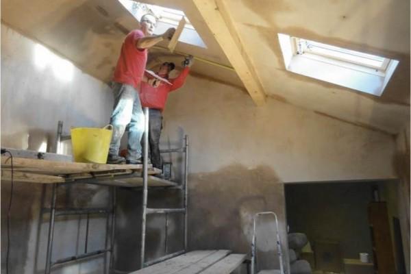 Vaulted Ceiling North Wales Builders Kelplaster
